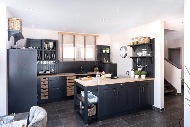 Offene Küche im Erdgeschoss - Musterhaus Poing - FingerHaus GmbH