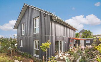 Modernes Schwedenhaus in Holzbauweise - SchwoererHaus KG