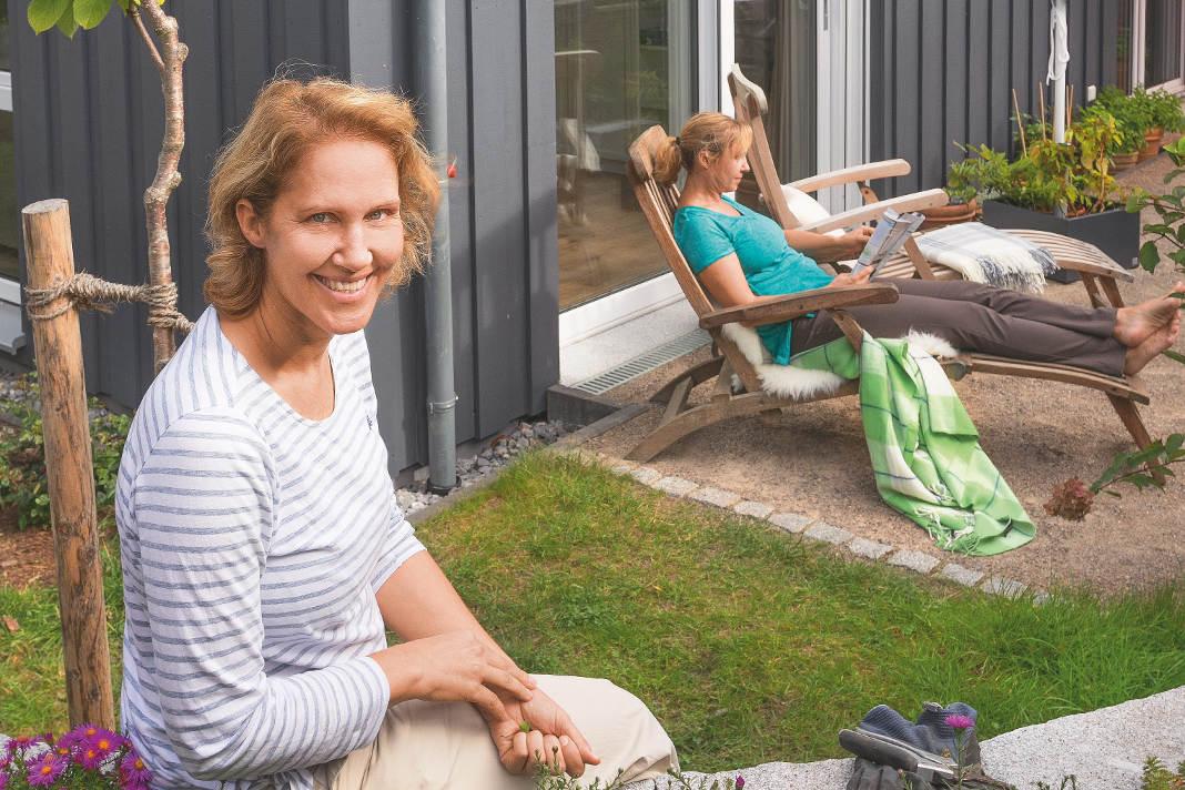 Modernes Schwedenhaus mit ausreichend Privatsphäre für beide Schwestern - SchwörerHaus KG