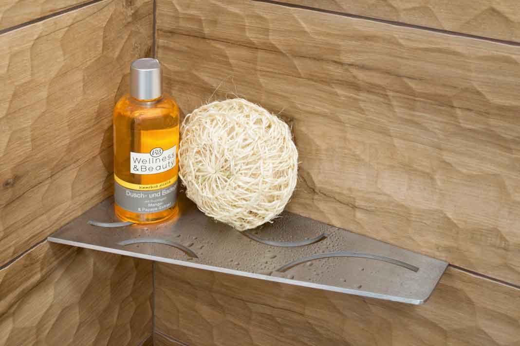 praktische Ablageflächen fürs Bad
