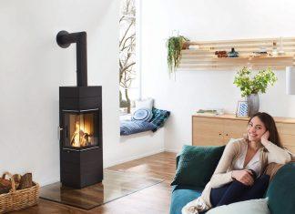 eckiger Kaminofen mit modernem Design