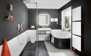 modernes Bad mit Smart Home Technologie