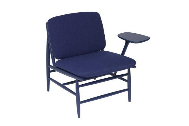 Pantone Farbe des Jahres 2020 Sessel