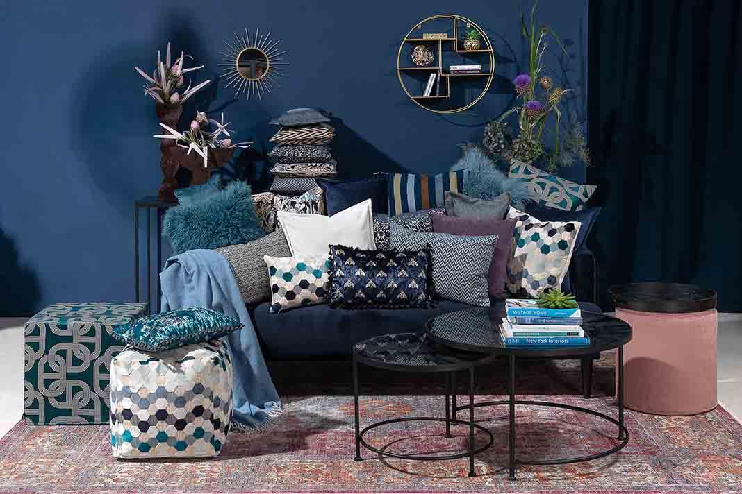 Pantone Farbe des Jahres 2020 Wohnzimmer
