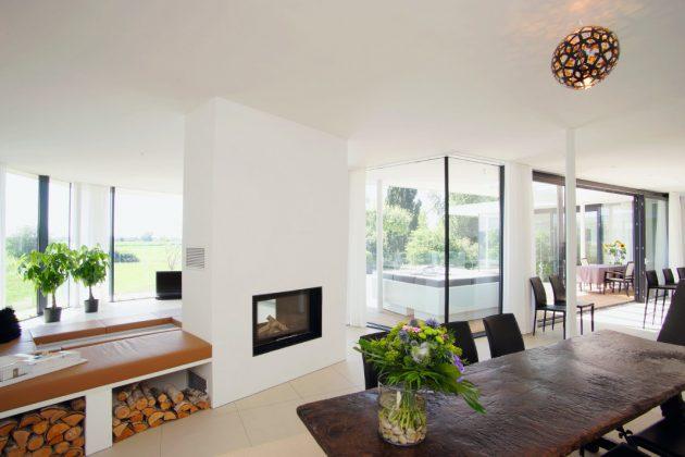 Wohn-Essbereich im Atrium-Bungalow - Thomas Meese