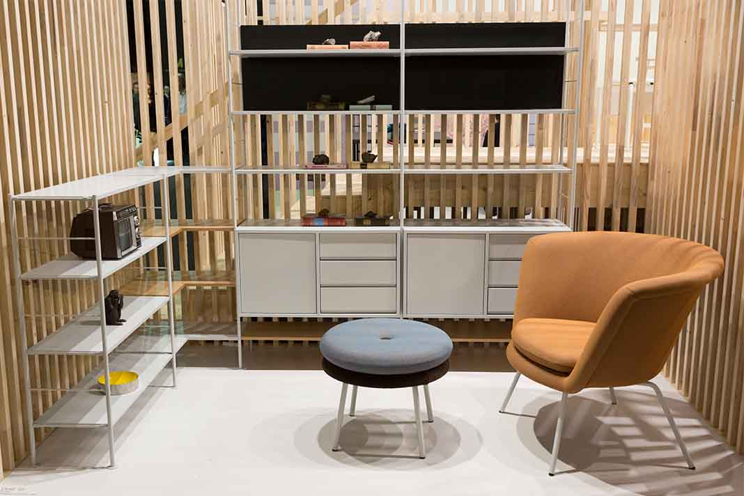 Wohnzimmer Situation auf imm cologne 2020 Stand Lampert