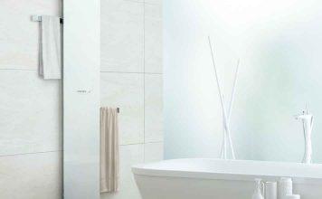 Designheizkörper sorgt im Bad für Ordnung