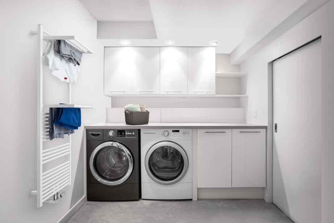 Waschküche mit Designheizkörper
