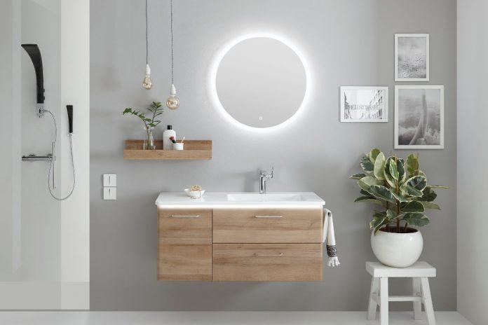 Flaechenspiegel rund und mit Hintergrundbeleuchtung - Individueller Badezimmerspiegel - Pelipal