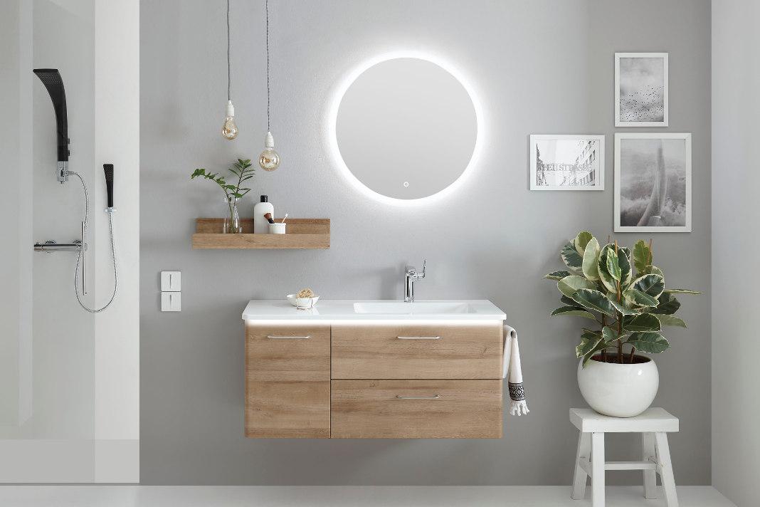 Flaechenspiegel in rund und mit Hintergrundbeleuchtung - Individueller Badezimmerspiegel - Pelipal