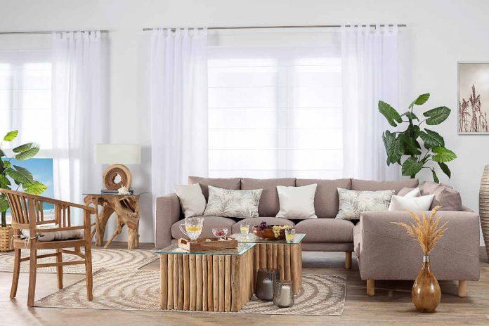 Sommerliches Interior Design - natuerliche Moebeln aus Holz und Rattan - Dekoria GmbH