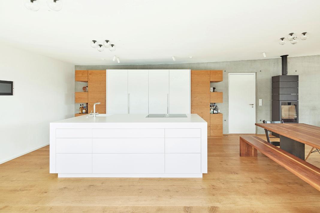 Klarer Bauhausstil durch klare Formen - Dietmar Strauss/ Rast-Bau GmbH