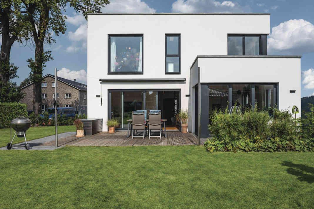 Einfamilienhaus WeberHaus im Bauhausstil
