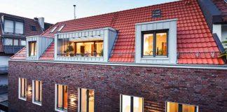 Moderne Klinkerfassade und Loggien