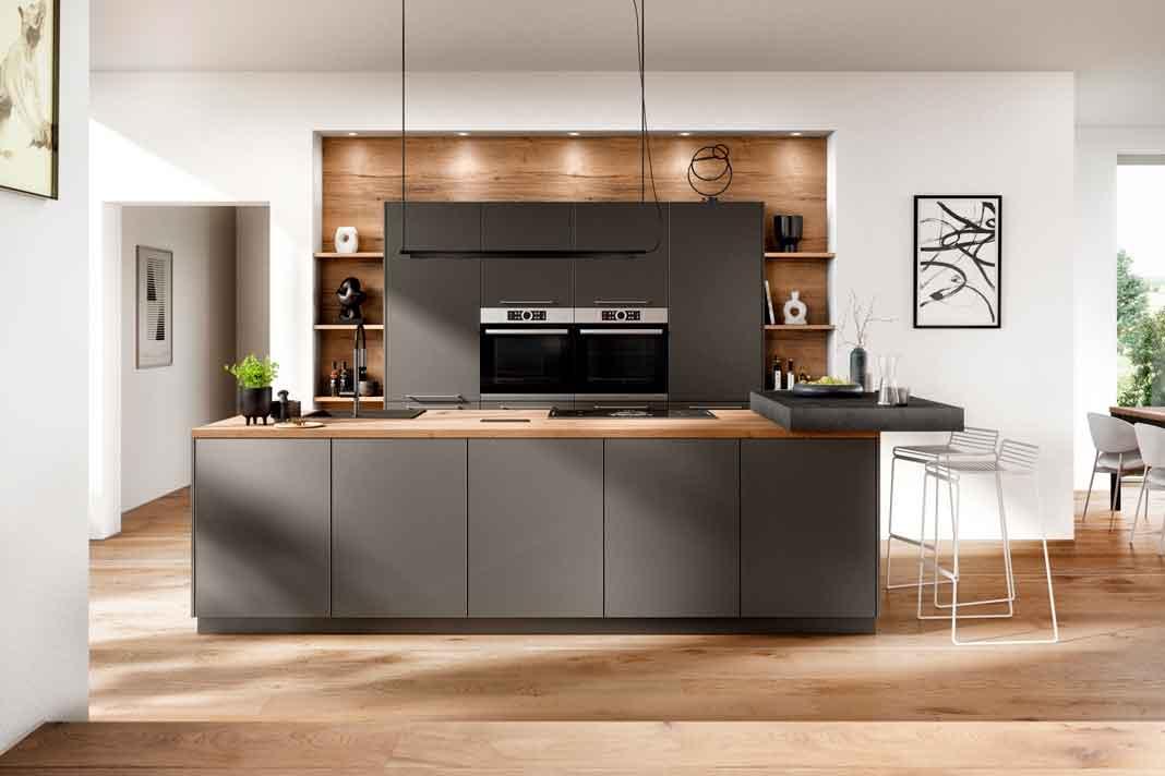 moderne, ergonomische Küche in Dunkelgrau