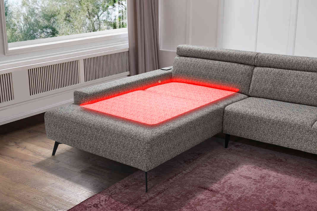Sofa mit Infrarot-Tiefenwaermesystem - sedda