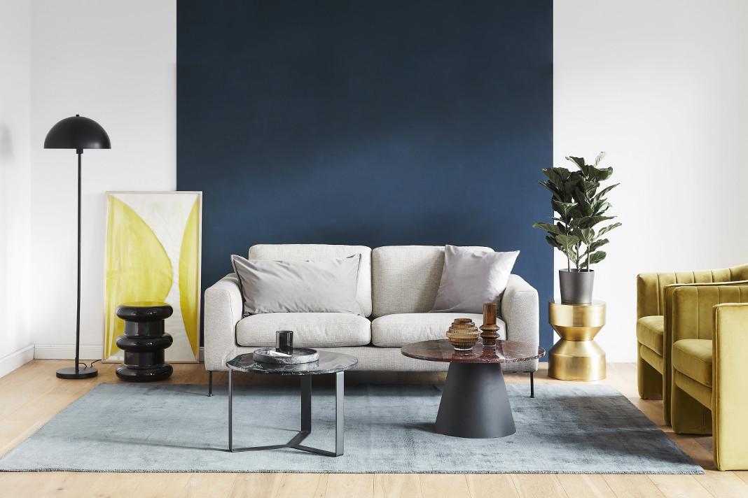 Farbtrends 2021 Pantone Farben des Jahres in einem modernen Wohnzimmer von WestwingNow
