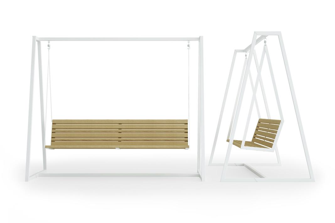 Hollywoodschaukel in Weiß mit Holzsitzfläche.