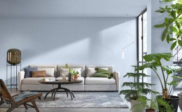 Wohnzimmer mit blauer Wand.